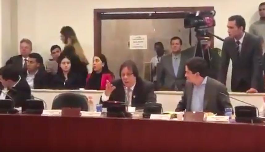 Lorduy votó para hacer de Barrancabermeja un distrito especial en comisión 1