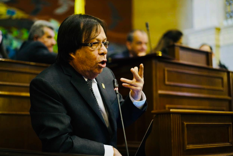 """""""La academia es un lugar para debatir con ideas y no con terrorismo"""": Cesar Lorduy 4"""