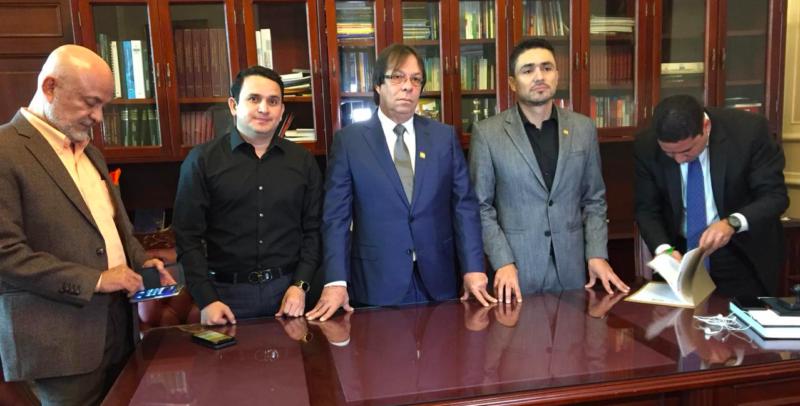 Arturo Char y Cesar Lorduy radican proyecto para legalizar predios a más de 2 millones de familias 2