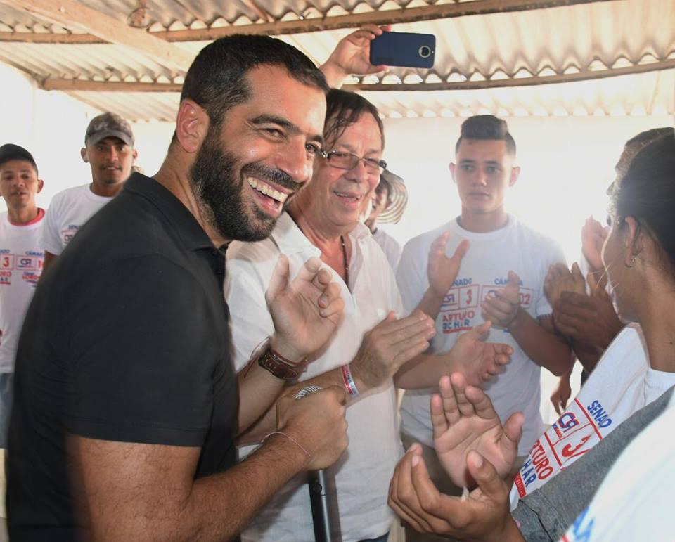 A Campo de la Cruz, en el Atlántico, llegaron en campaña César Lorduy Arturo Char 3