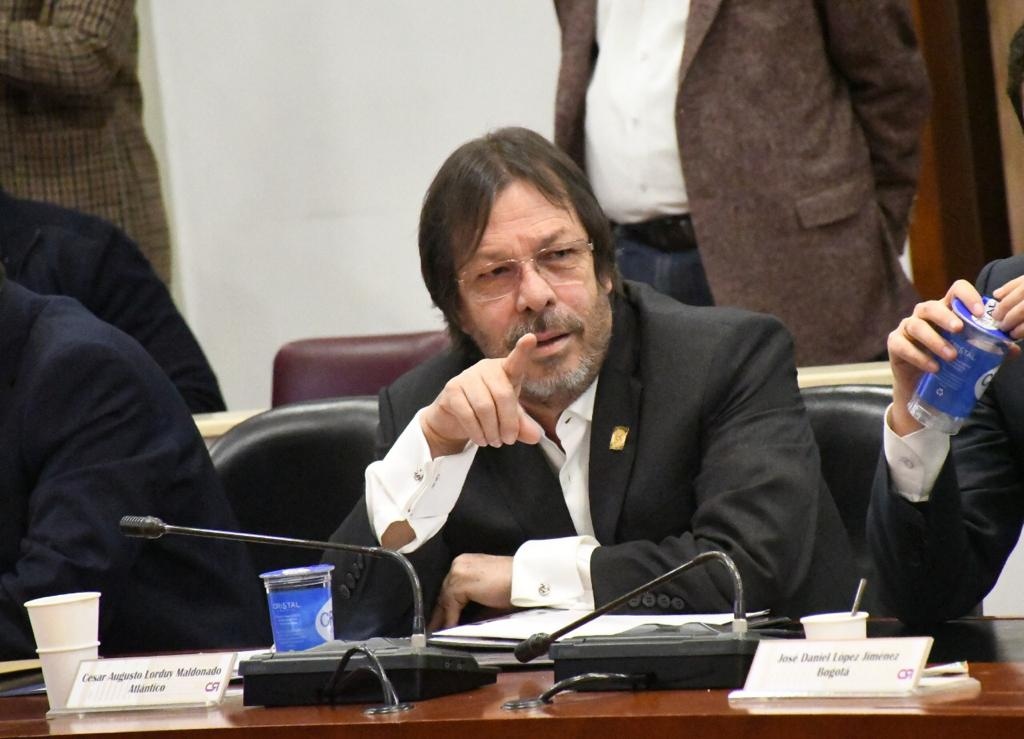 Orlando Cabrales, presidente de Naturgas, califica como positivo impuesto al carbono propuesto por Lorduy 1