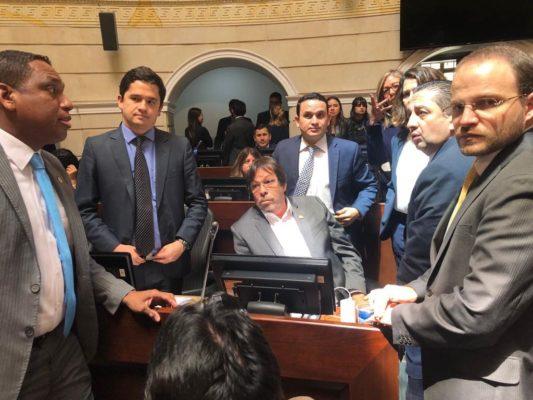 Bancada de Cambio Radical impulsa proyecto de ley para que parques y espacios públicos estén libres de drogas y alcohol 2