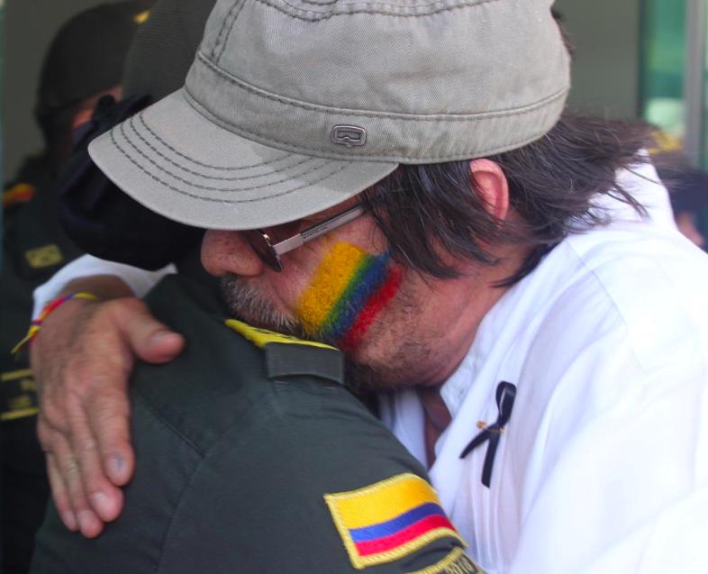 Un país en paz y sin terrorismo es superior a todo: Cesar Lorduy 2