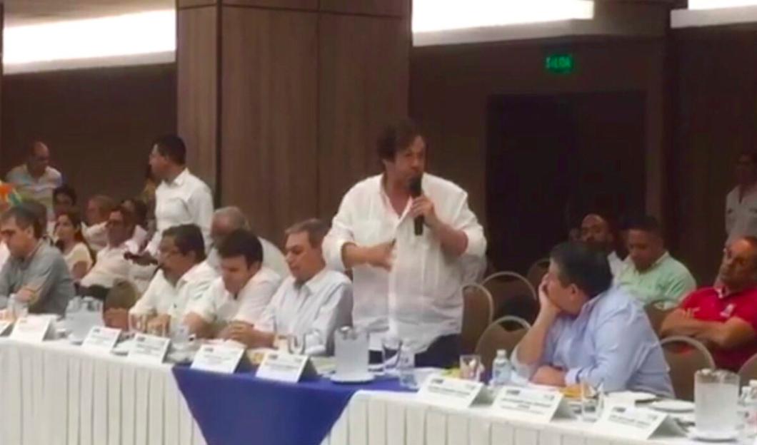 Lorduy interviene en foro por la defensa de la vía Ciénaga- Barranquilla 10