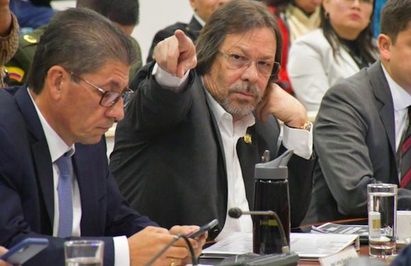 """""""El país clama para que asesinos y violadores de niños y niñas sean condenados a cadena perpetua"""": Lorduy 3"""