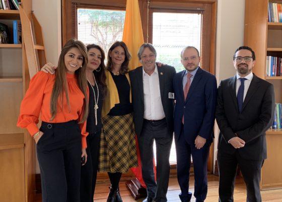 reunión vicepresidenta, congresistas y cesar lorduy