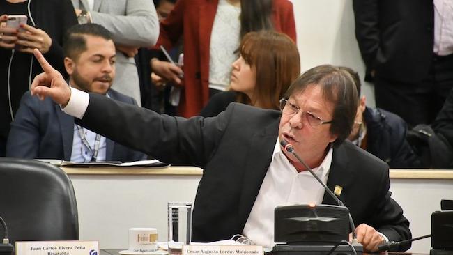 Como congresistas debemos enfocarnos en asumir las responsabilidades por las que fuimos elegidos: Cesar Lorduy 4