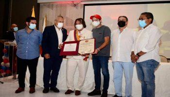 Representante Cesar Lorduy recibe reconocimiento del Congreso 4