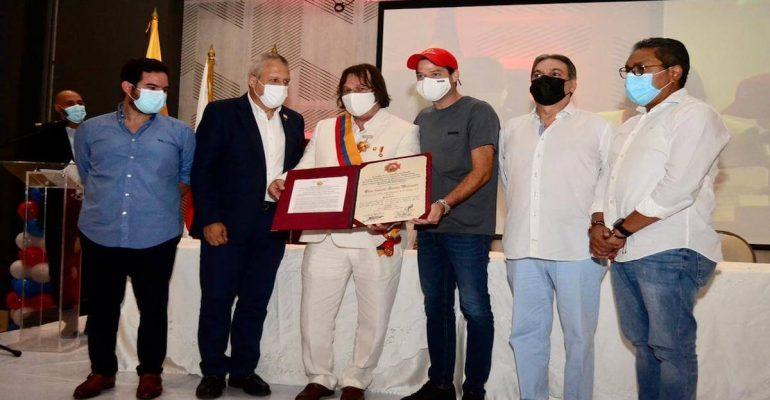 Representante Cesar Lorduy recibe reconocimiento del Congreso 7